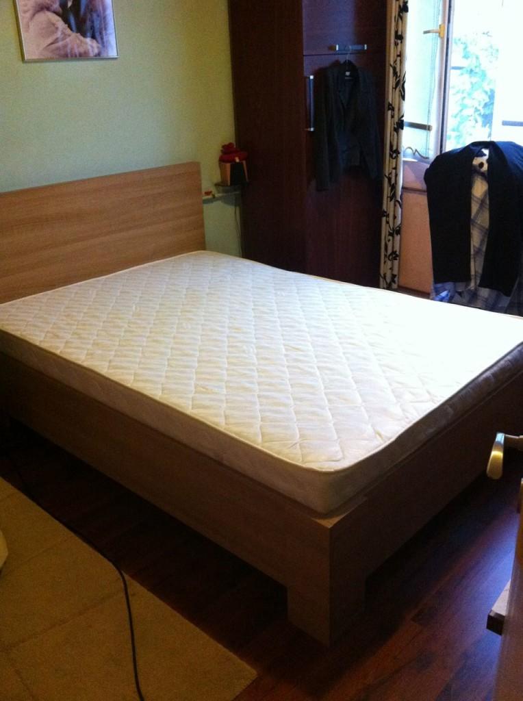 pat dormitor saltea